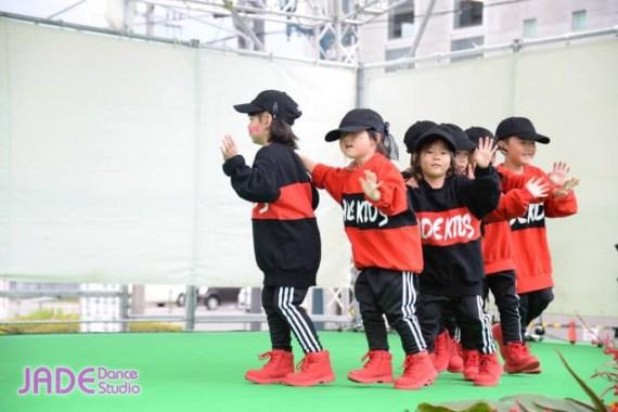 キッズダンス(4歳〜6歳)