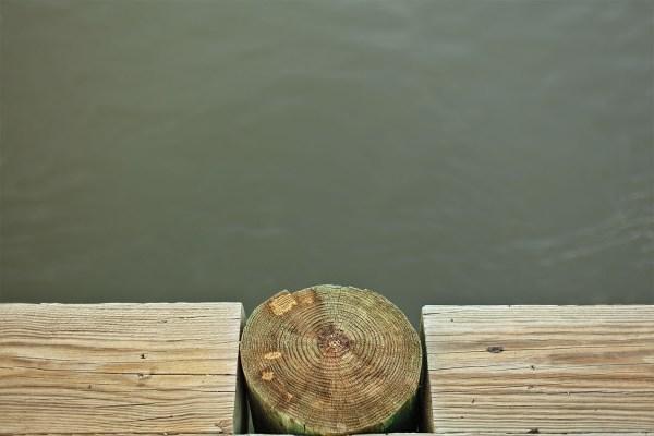 121204_Savannah_Downtown-WoodenBulkheadWithPierAndRiver_0418_C_132_sRGB_1425x950