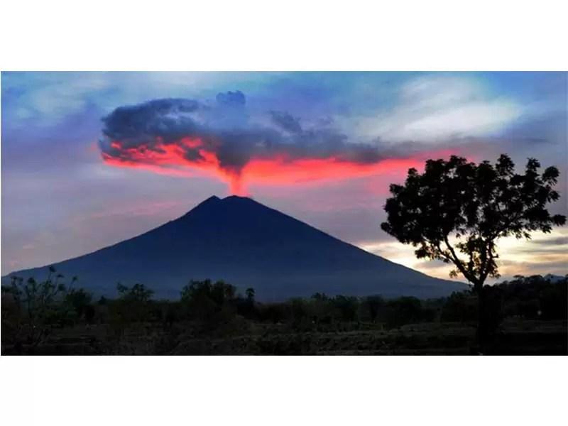 Gunung Merapi - Geografis Nusa Tenggara dan Bali