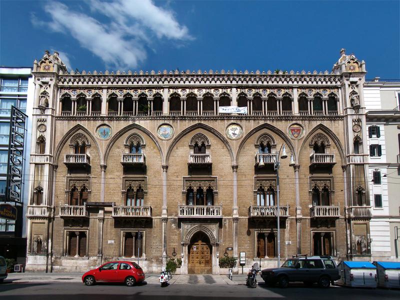 La grande architettura: Palazzo Fizzarotti