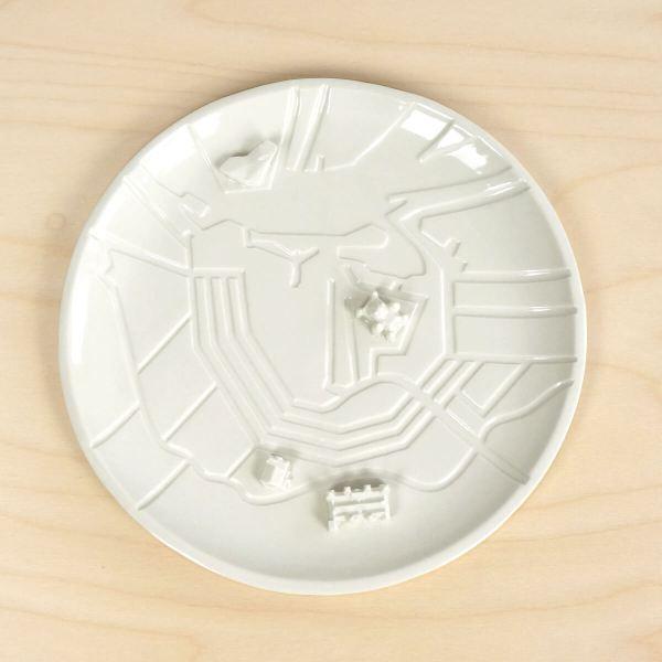 c08-ams-top-city-plates-amsterdam-bebouwe-kom-schaal-met-gebouwen-studio-lorier-porselein-bord-met-grachten