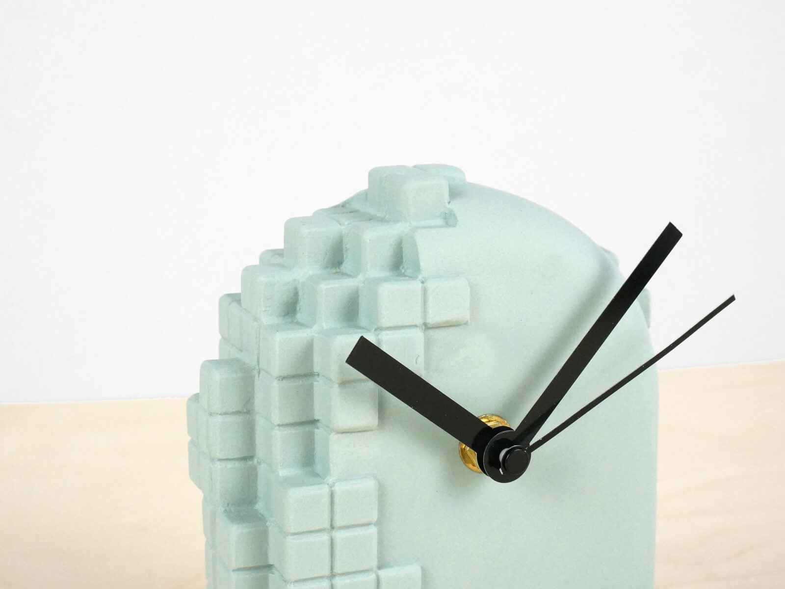 desk sea imitation electronic portfolio team clock flow gadget wood
