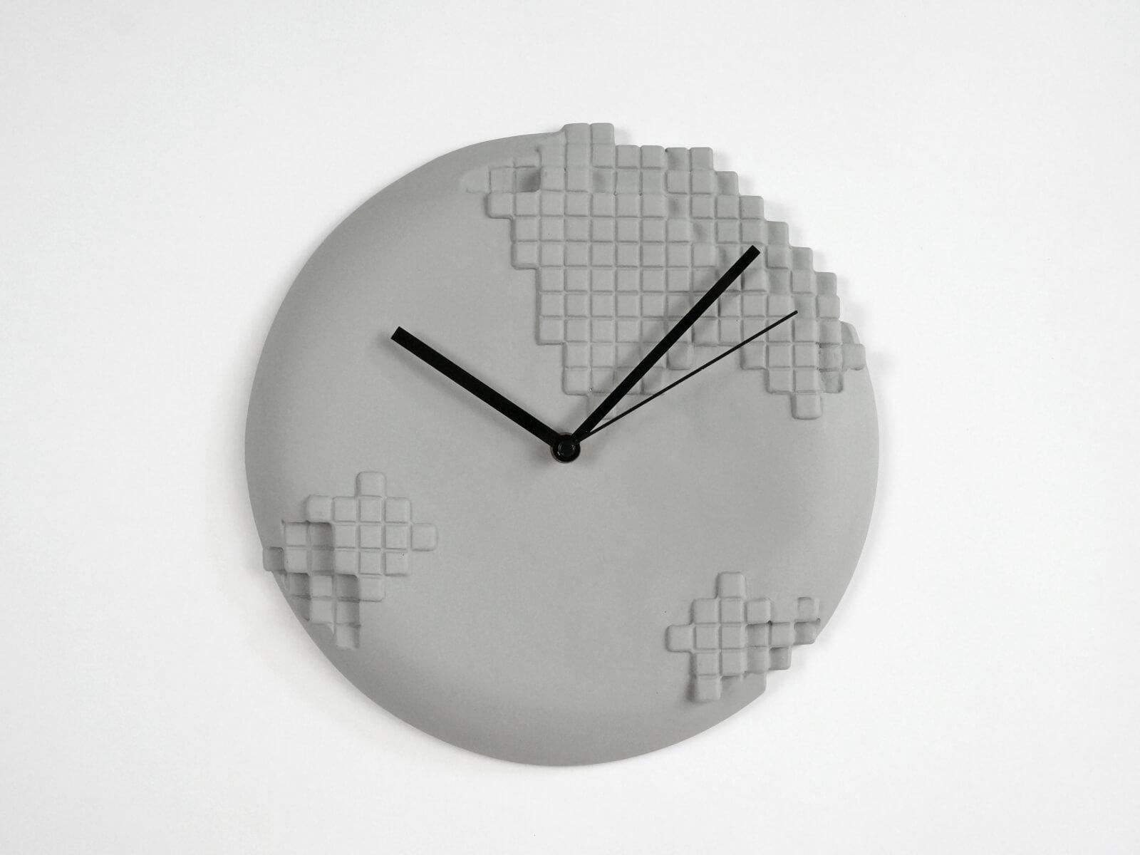 Pixel wall clock u studio lorier u dutch ceramic design