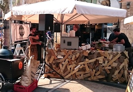 """Wooden bars for """"Stadsfestival Op z'n Rotterdams"""""""