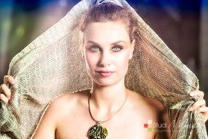 Fotograaf: Jacques Eding Model: Kelley Knoppers Styling: Liesbeth Buddingh van Binsbergen Mua: Sonja Eding