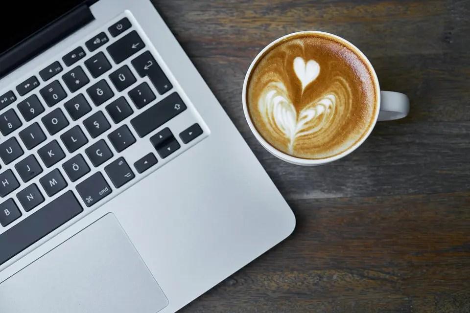 La netiquette mail, come scrivere una mail di lavoro in modo corretto