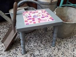tafel grijs zij