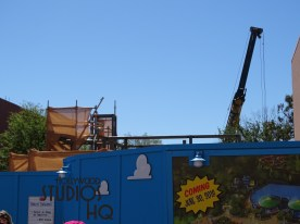 We see some new construction progress from Toy Story Land this week. Revealed behind construction walls, Hollywood Studios HQ spotted that crews have erected two new lighting fixtures with trees around those fixtures, and as well placed brown colored screening around their scaffolding. Likewise, a crane keeps busy in the construction efforts. See firsthand in the photos below. Disney's Hollywood Studios. Photo by John Capos