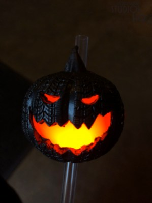 Guests can enjoy their favorite cold beverage through a new blinking halloween pumpkin straw. The small black pumpkin will delight all ages with either a flashing or steady orange light glow. Backlot Express diners can join the Halloween fun with this $4 purchase during their next visit this month. Disney's Hollywood Studios. Photo by John Capos
