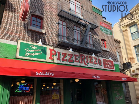 Pizza lovers take note that PizzeRizzo's has reopened during the refurbishment of ABC Commissary. The restaurant serves salads, pizza, and beverages and is open daily until 8 pm for a limited time. Stay tuned to Hollywood Studios HQ for all Park dining news and updates. Disney's Hollywood Studios. Photo by John Capos