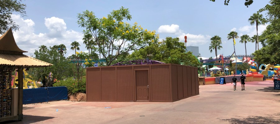 A popular refreshment stand for guests approaching Seuss Landing that offers lemon slush refreshments has been closed behind construction walls. No indication at this time regarding either renovation or removal of this stand.Stay with Hollywood Studios HQ for all the latest Park construction news. Universal Orlando. Photo by John Capos