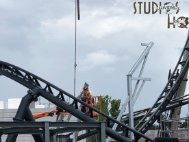 """Crews have progressed on the new roller coaster construction, including the placement of the attraction's """"top hat"""" rail segment. Work the past week has included structural fabrication with welding as well as application of exterior wall coatings. Be sure to stay connected here at Hollywood Studios HQ for all the latest Park news. Universal Orlando. Photo by John Capos"""