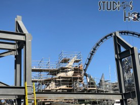 Crews continue work on the future Jurassic Park roller coaster. Steel structural fabrication and rock landscape formation is ongoing. Stay connected regularly to Hollywood Studios HQ for the latest Park construction news. Universal Orlando. Photo by John Capos