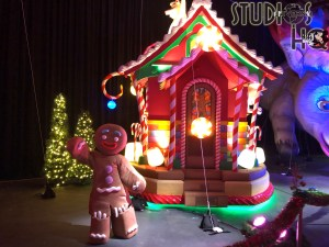 Guests enjoy a brand new indoor walk through experience that showcases Macy's balloons and Christmas floats. Located in Production Central, visitors can enjoy a variety of Universal characters along with Santa. This thrilling experience is available to all guests during Park hours. Subscribe now to Hollywood Studios HQ for all Park holiday updates. Universal Orlando. Photo by John Capos