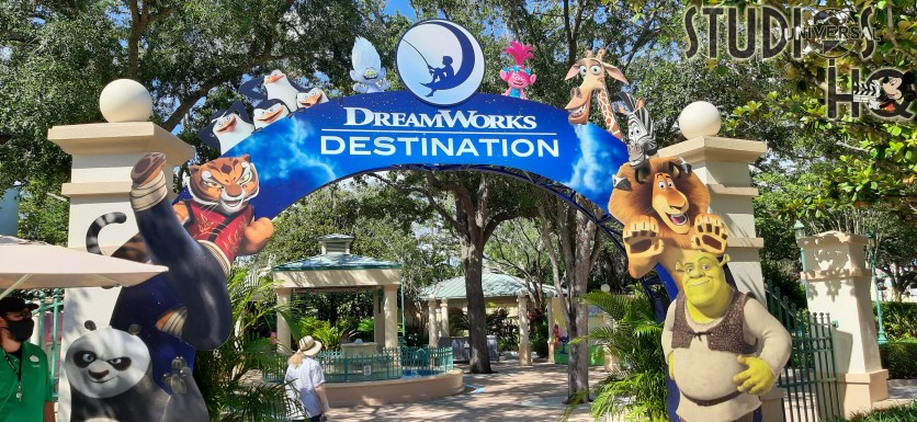 The new DreamWorks Destination, located in the Universal Studios KidZone, provides a musical character meet-and-greet experience. Music and dancing entertain guests as dancers and characters including King Julian, Alex the Lion, Poppy Branch all perform and provide photo ops. Stay connected to Hollywood Studios HQ. Universal Orlando. Photo by John Capos