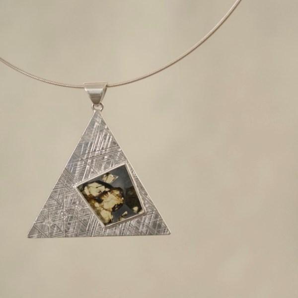 Pendant/Silver,Pallasite-Meteorite,Diamonds 50,000(excluding Gem Stone)
