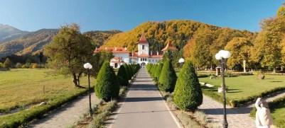 Filmare cu drona la Manastirea Brancoveanu