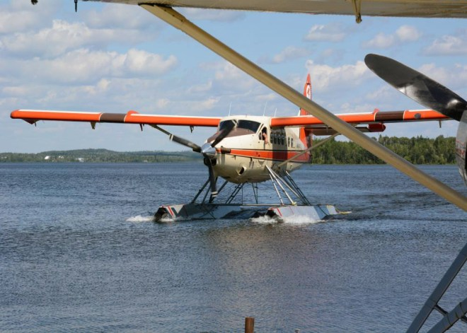 Float plane at Otter Lake