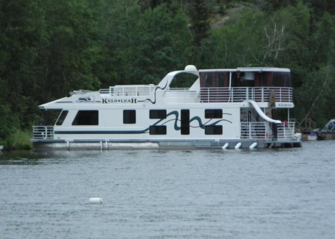 Bakers Narrows pontoon boat