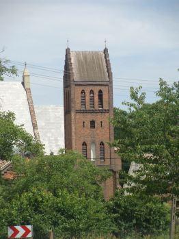 Jakubów - XIV-wieczny kościół pod wezwaniem św. Jakuba