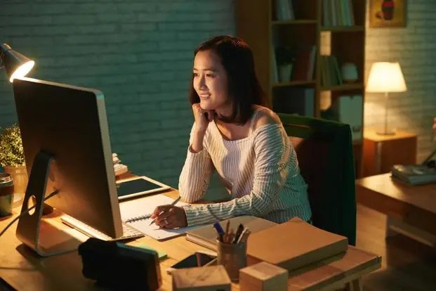 Free Online University Courses with certificates