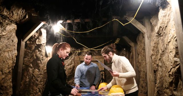 Experiencing an Escape the Room Game (And Why It's So Much Fun)