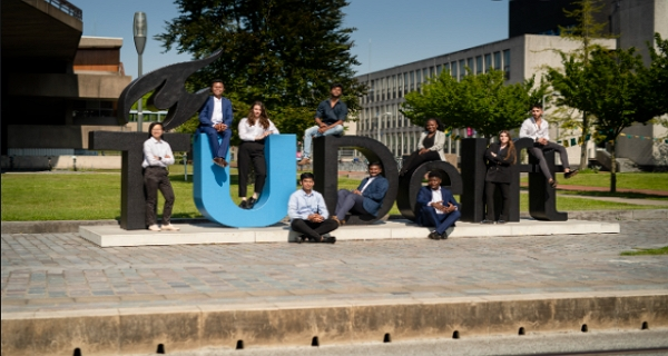 Justus & Louise van Effen Excellence Scholarships for International Students