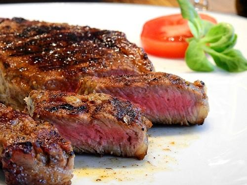 ステーキ、牛肉
