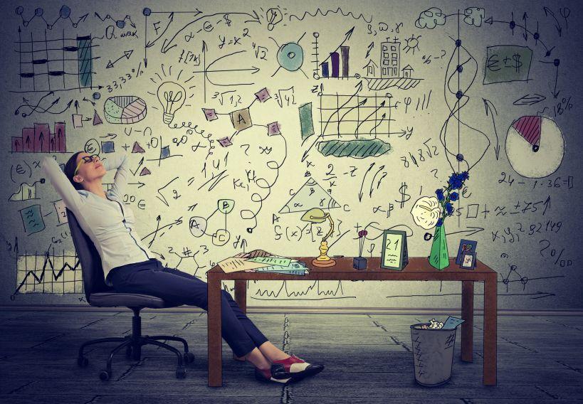 Business Studies ง่ายกว่า Economics จริงหรือไม่ ใน IGCSE ?