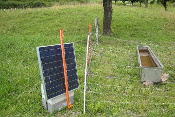 Solar powered electric fence for sheep