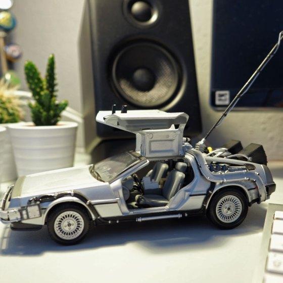 DeLorean 1:24 DieCast Modell