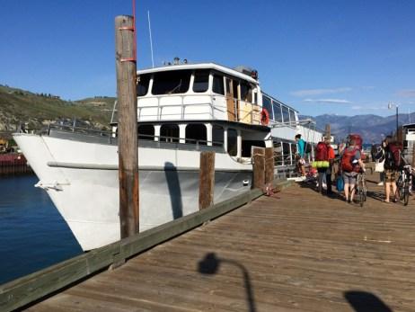 Lake of the Lake Ferry Boat for Lake Chelan