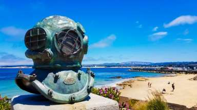 San Carlos Beach Park - Cannery Row, Monterey Bay, CA / © Stuffed Suitcase