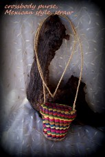 https://www.etsy.com/listing/260395048/woven-straw-purse-mexican-style-purse?ref=shop_home_active_16
