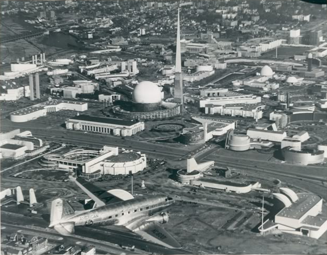 https://i1.wp.com/stuffnobodycaresabout.com/wp-content/uploads/2013/12/1939-World-Fair-Aerial.jpg