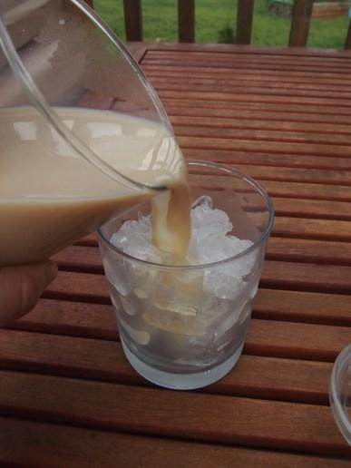 #shop bigelow iced vanilla chai tea