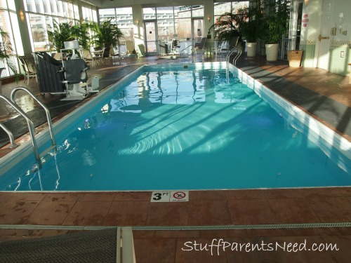 indoor pool at The Chattanoogan