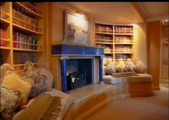"Fireplace on the Christina O, courtesy of ""The Secret Mediterranean with Trevor McDonald"""