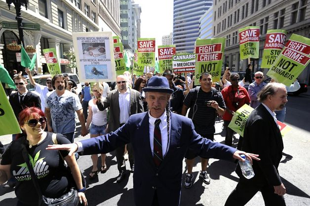 steve deangelo protesting in oakland