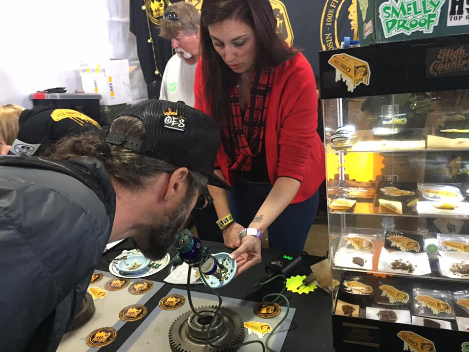 Emerald Cup 2016 Harper of Sticky Finger Seeds sampling Rosin