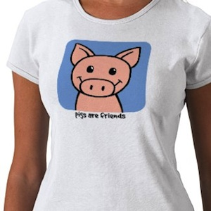 Cute piggy t-shirt saying that pigs are friends