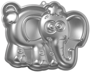 Wilton Elephant shaped cake pan