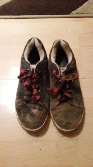 Very Well worn - Bin worthy - Navy Blue Gola Trainers - Dog Walking Shoes - Size 8