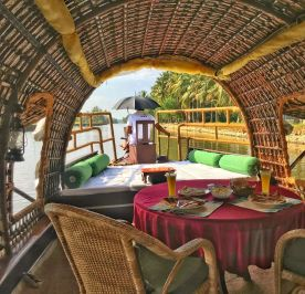 Kerala Houseboat breakfast