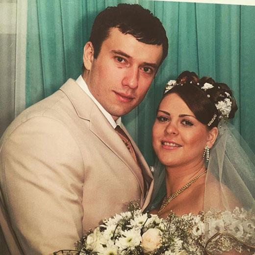 Бывший любовник Ксении Бородиной показал жену до