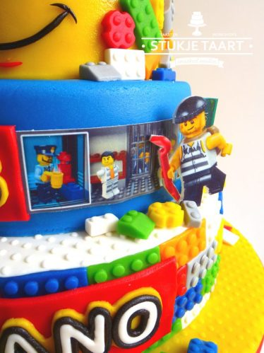 lego taart close up