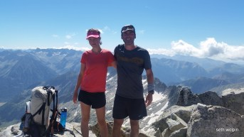 High up on the high route - Pic d'Mulleres