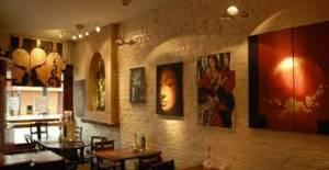 isis cafe bar