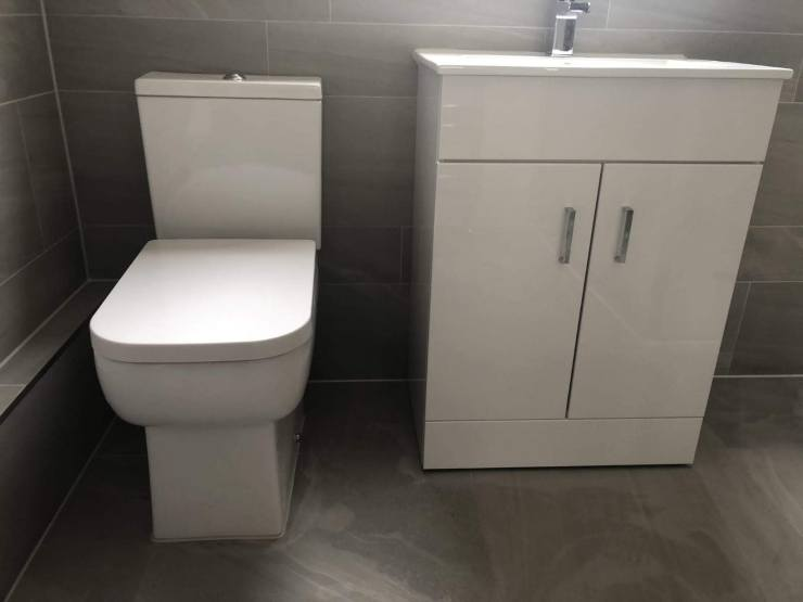 Square toilet & vanity unit