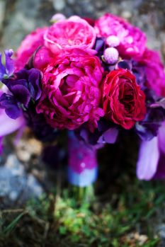 elegant-malibu-wedding-with-bold-wedding-flowers-purple-pink-bouquet__full